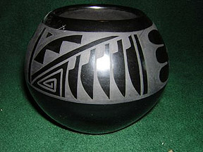 San Ildefonso Pueblo Pottery